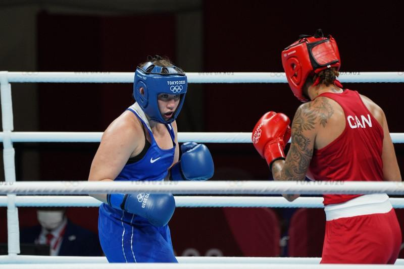 Kazakhstan's boxing team faces another loss at Olympic Games