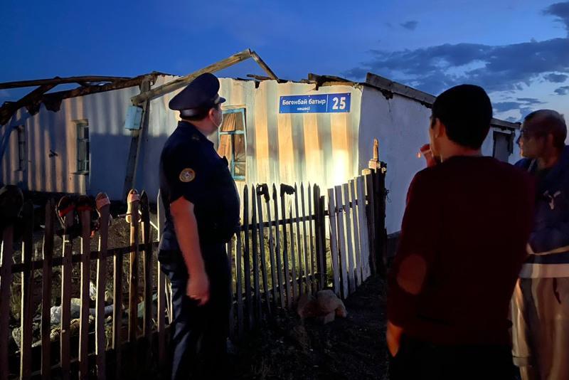 Режим ЧС могут объявить в пострадавших от ураганного ветра селах Степногорска
