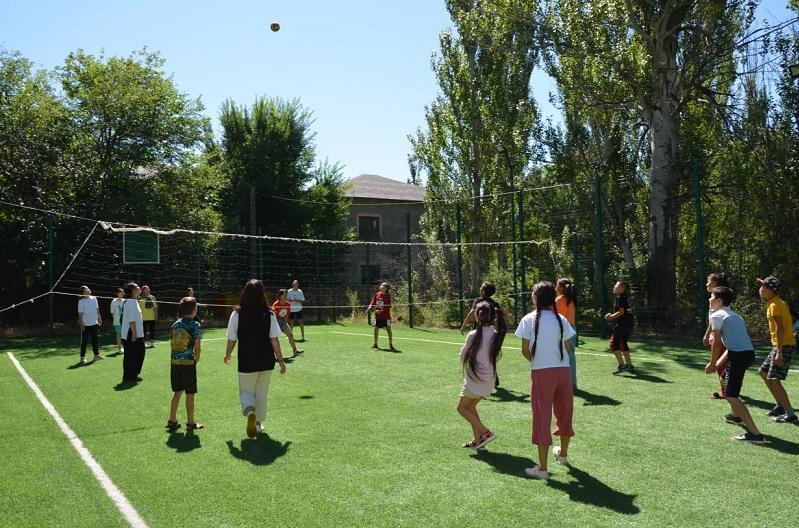 Около 800 детей из Туркестанской области отдохнут в летнем лагере