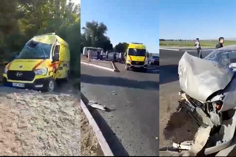 Машина скорой помощи попала в ДТП на трассе Жамбылской области
