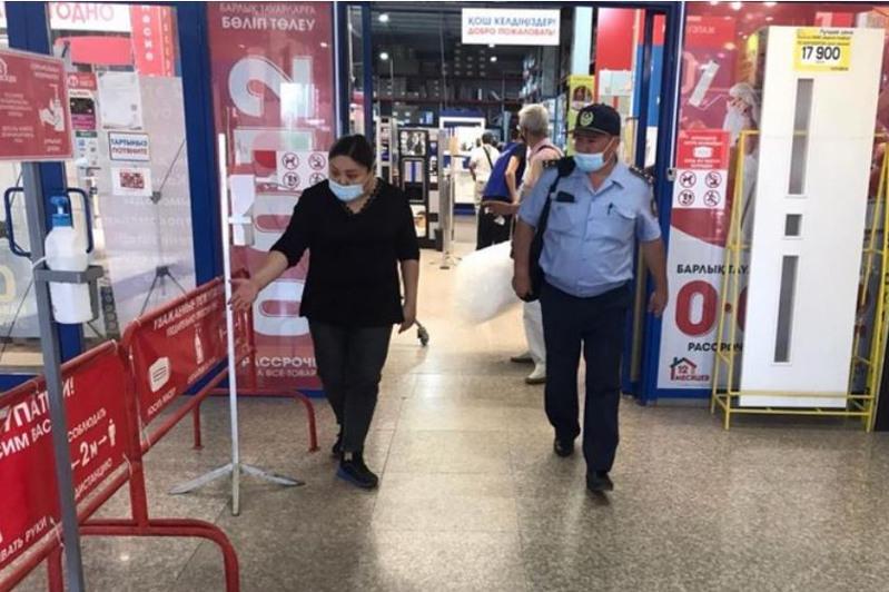 Обходы для информирования о вакцинации проводятся в Нур-Султане