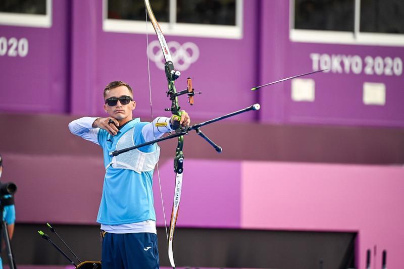Стрельба из лука: казахстанец пробился в 1/16  финала Олимпиады-2020