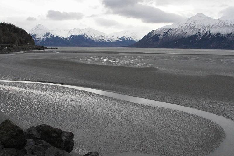 Мощное землетрясение у берегов Аляски вызвало цунами