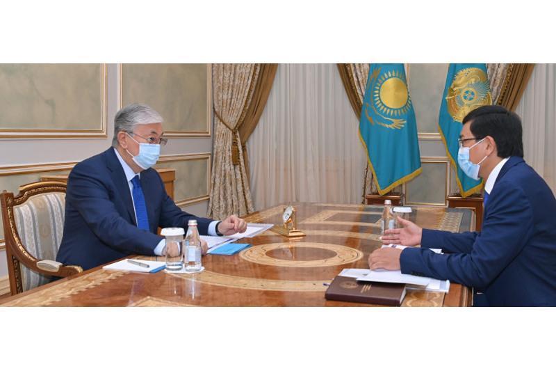 总统接见教育和科学部长