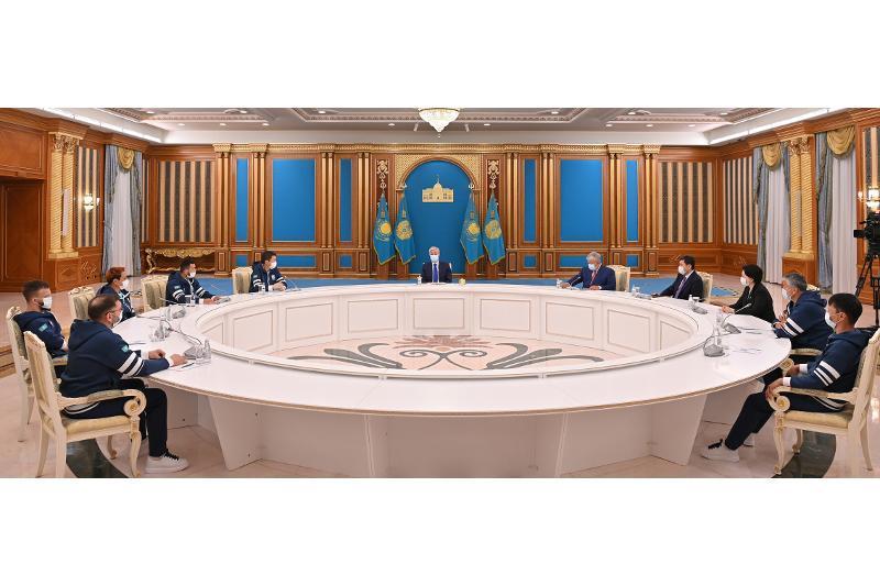 总统会见国家残奥会代表团成员