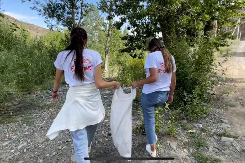 Международная экологическая акция по очистке берега Иртыша стартовала в ВКО