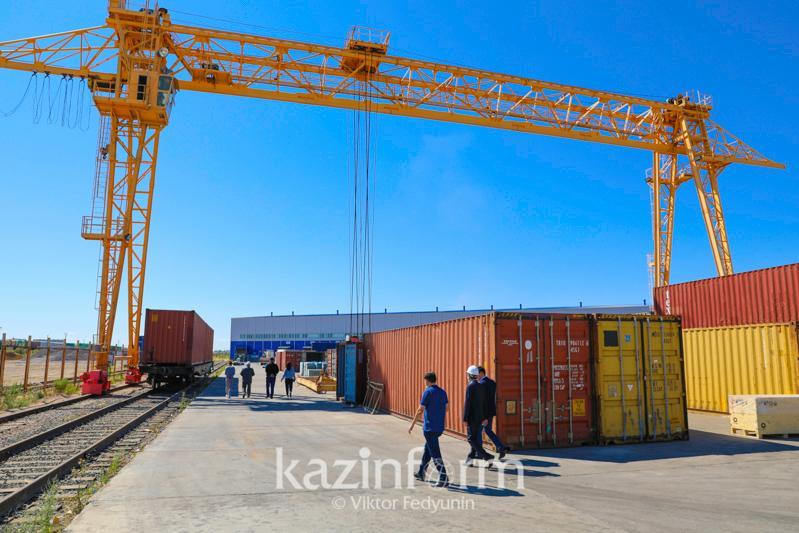 На сколько увеличился срок доставки грузов из Китая в Европу через РК