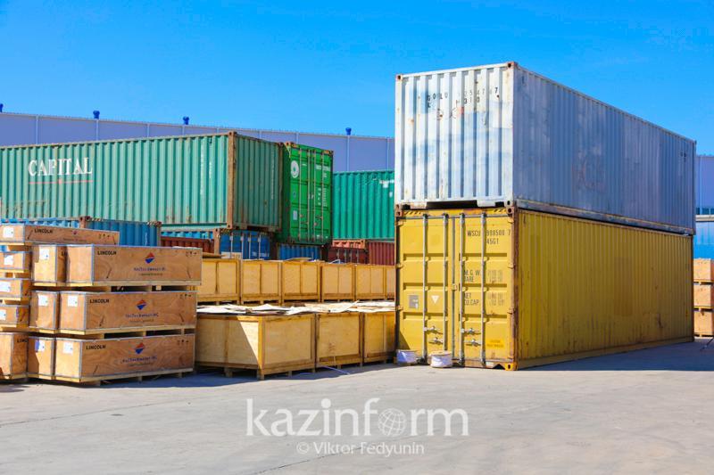 Какова стоимость транзитных контейнерных перевозок через Казахстан