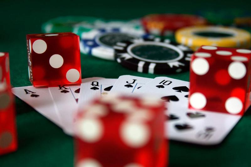 На 1 000 МРП будут штрафовать юрлица за допуск к азартным играм молодежи до 21 года – Руслан Едресов