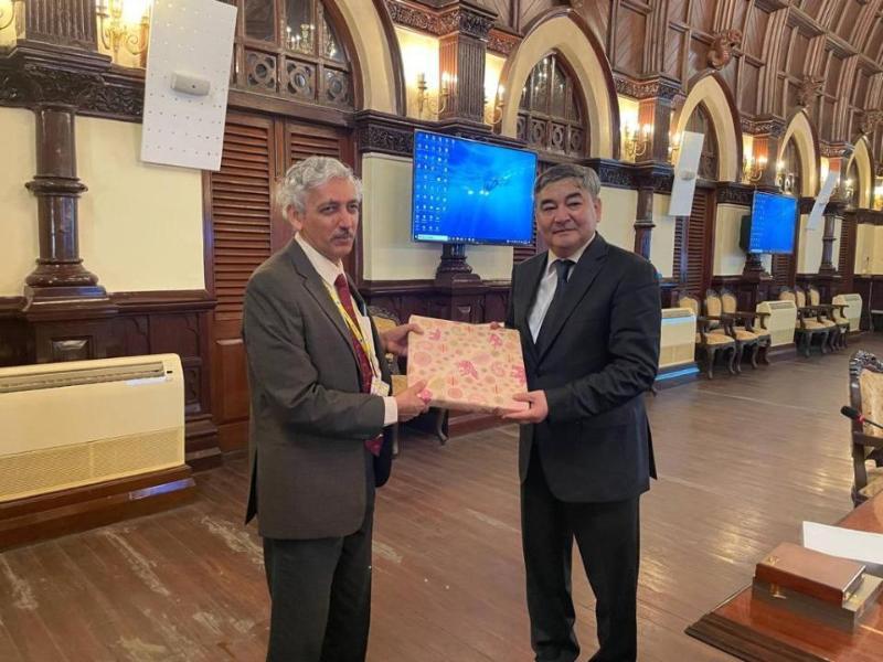 Kazakh ambassador, Indian Atomic Energy Department Chairman meet