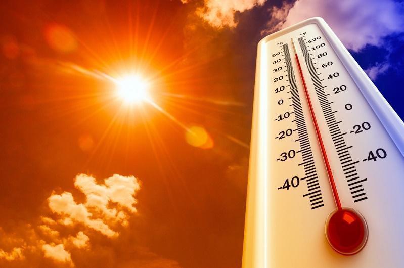 Сильная жара и грозы ожидаются в семи областях Казахстана