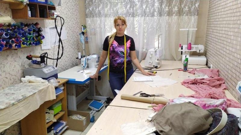 Многодетная мама из Сарани открыла ателье на грант от «Бастау Бизнес»