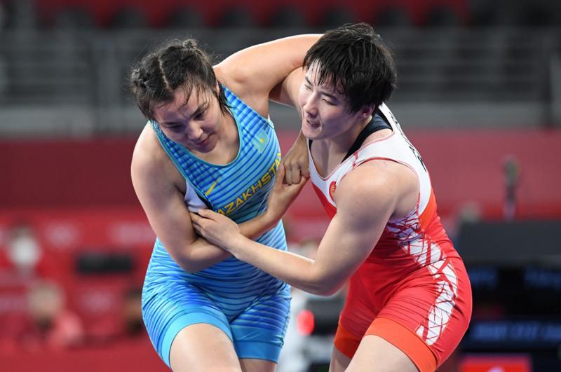 Эльмира Сыздыкова уступила в 1/8 финала в женской борьбе на Олимпиаде