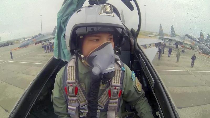 Учувчи қиз илк марта ҚР Қуролли Кучлари жанговар самолётининг экипаж командири бўлди
