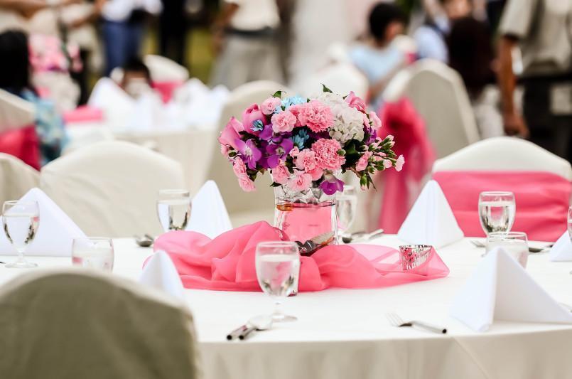 Две свадьбы прервали проверяющие в Алматы