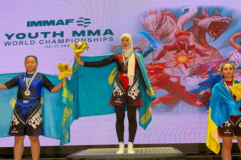 Райяна Акдавлетова завоевала «золото» юношеского чемпионата мира по ММА