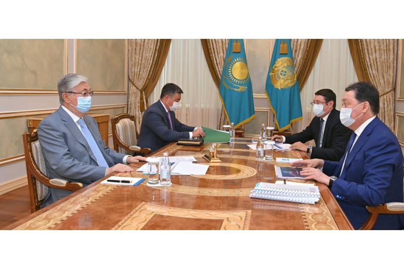 Глава государства принял Премьер-Министра и председателя правления АО «Самрук-Қазына»