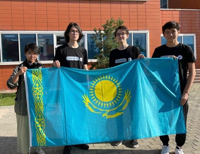 Четыре медали завоевали казахстанские школьники на Международной олимпиаде по химии