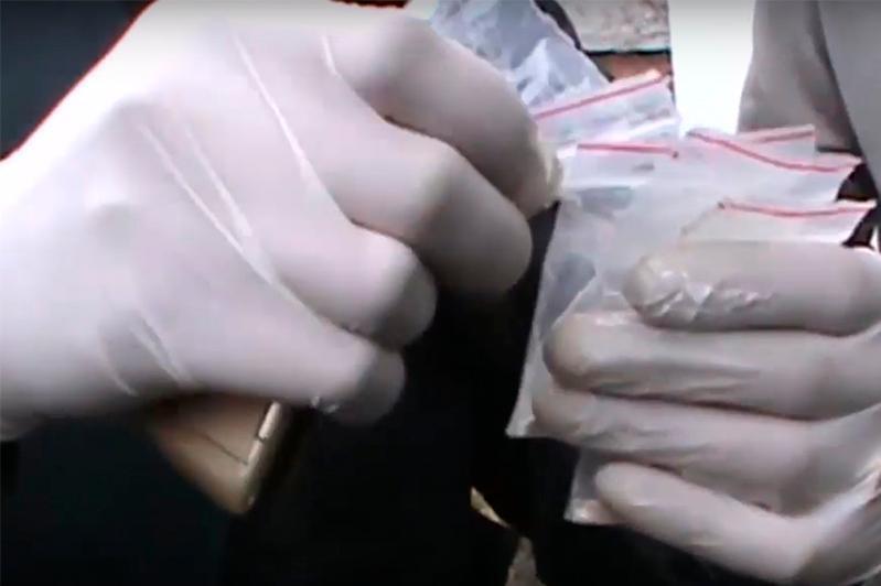 Алматинца задержали за хранение наркотиков в особо крупном размере