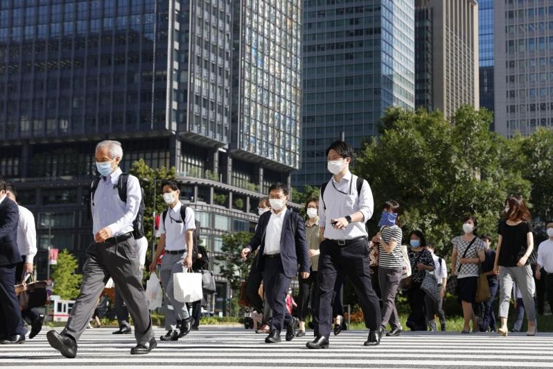 Tokyo reports 3,709 daily coronavirus cases amid ongoing resurgence