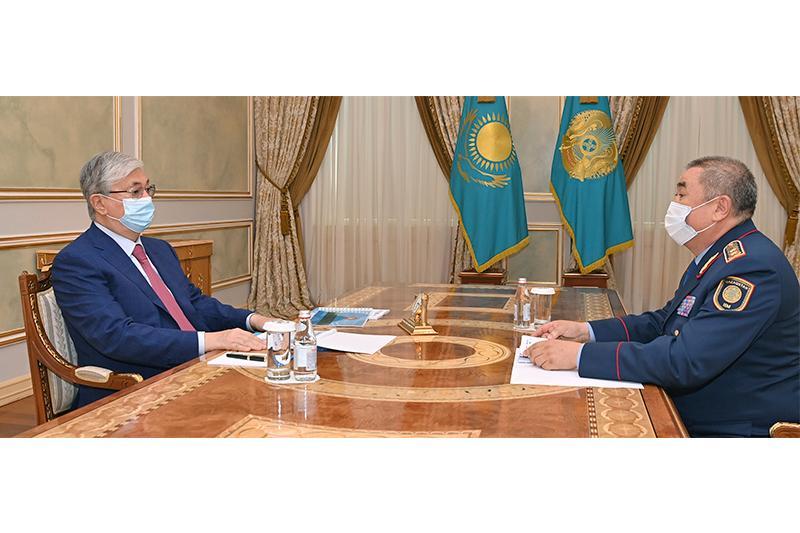 托卡耶夫总统接见内务部部长