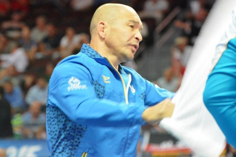 Kazakh wrestling coach says 'sorry' for Tokyo failure