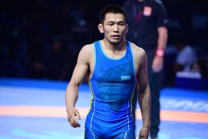 Казахстанский борец-вольник стартовал с победы на Олимпиаде