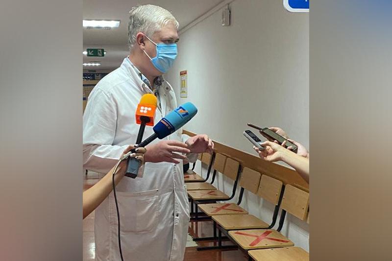Ни одного летального случая от вакцины не было – замдиректора карагандинской поликлиники