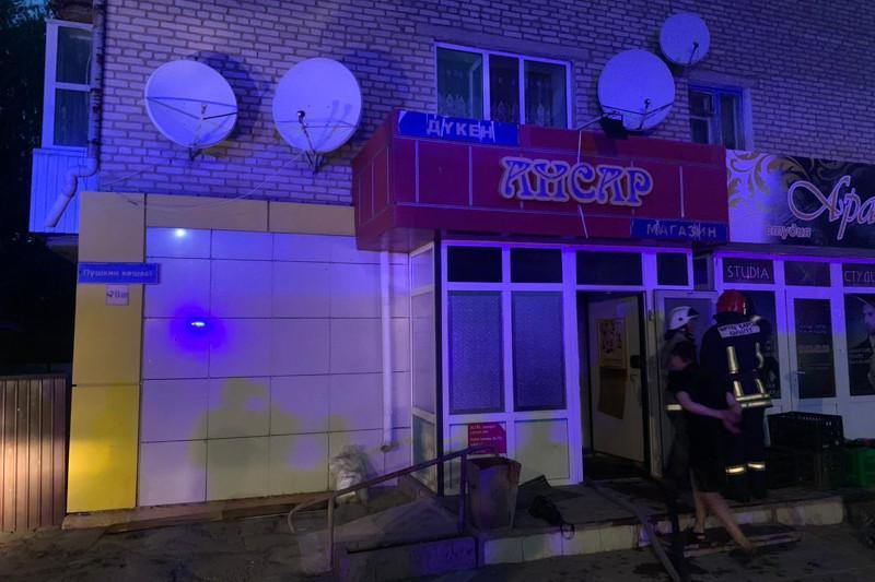 Көкшетауда өртенген көпқабатты үйден 27 адам эвакуацияланды