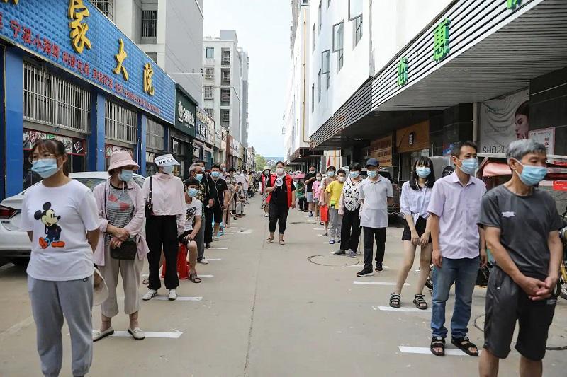 Коронавирус: Қытай елдегі шектеу шараларын тағы күшейтті