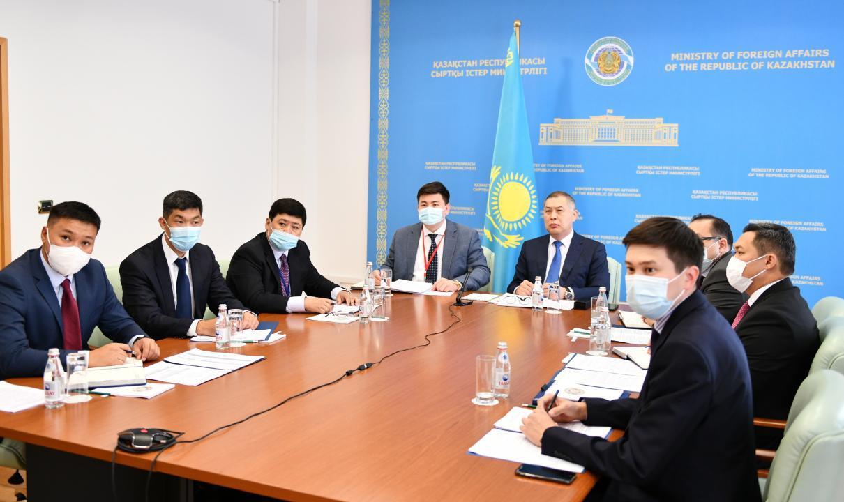 哈萨克斯坦和韩国举行第十一轮政治磋商会议