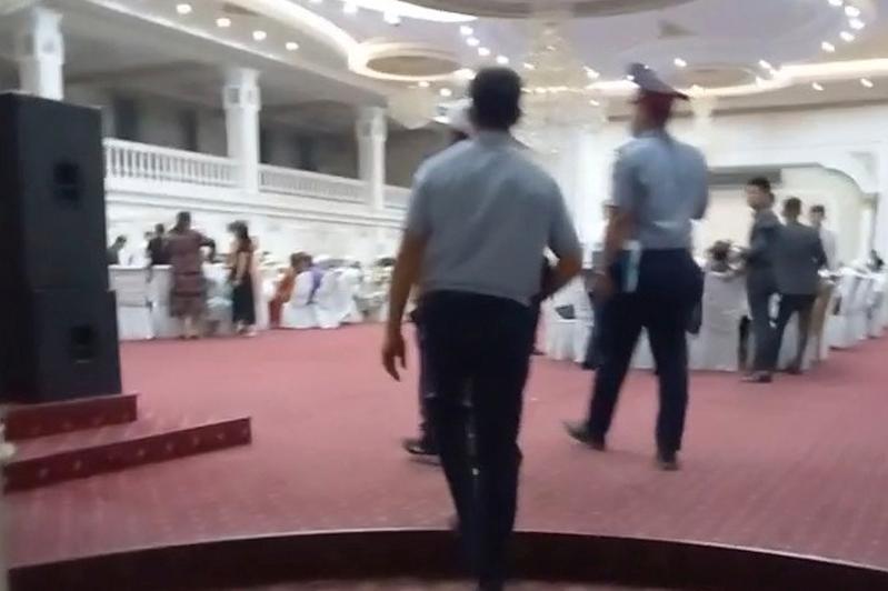Свадебный той на 150 человек остановила полиция в Арыси