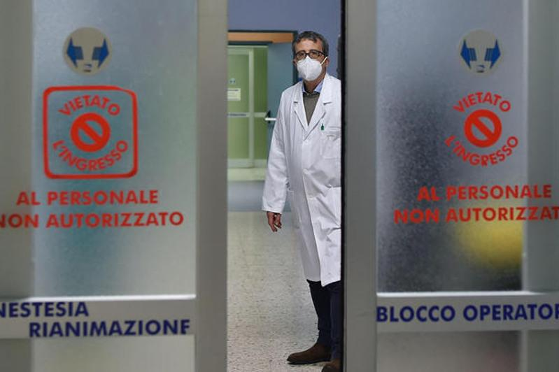 COVID-19: Italy records 6,596 new cases, 21 deaths, ANSA