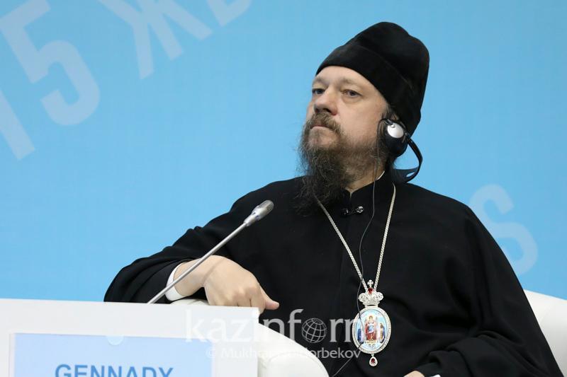 Как православная церковь относится к вакцинации и антиваксерам, рассказал епископ Каскеленский