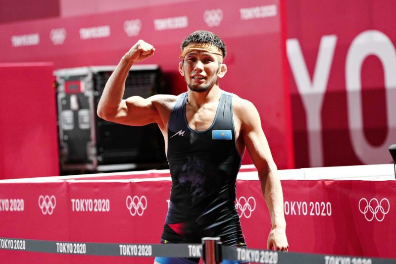 东京奥运:哈萨克斯坦摔跤选手摘得一枚铜牌