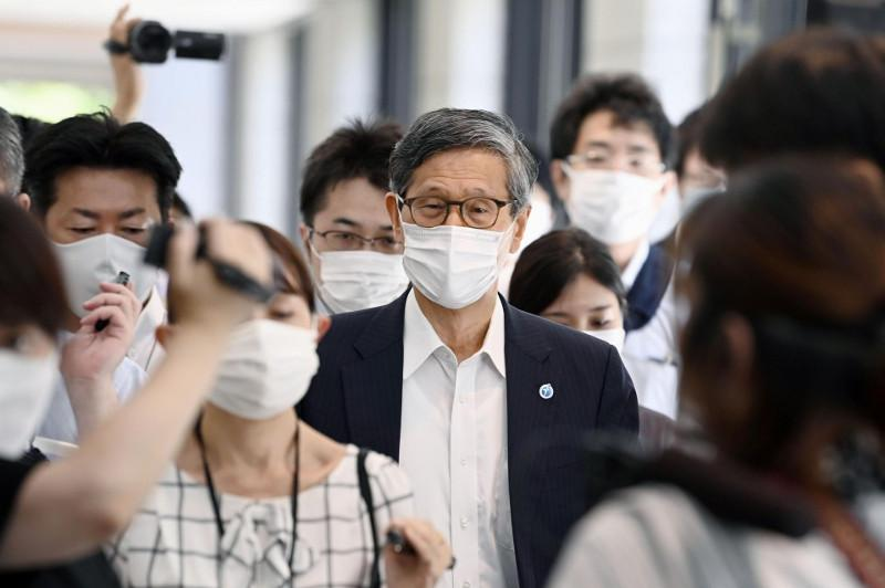 Tokyo logs record COVID cases over 5,000 amid medical collapse fears