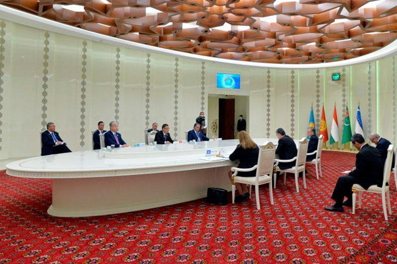 Қырғызстан президенті коронавируспен күрестегі ОА елдерінің өзара іс-қимылын жақсартуды ұсынды