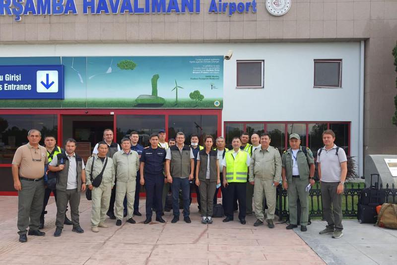 哈萨克斯坦紧急救援队抵达土耳其