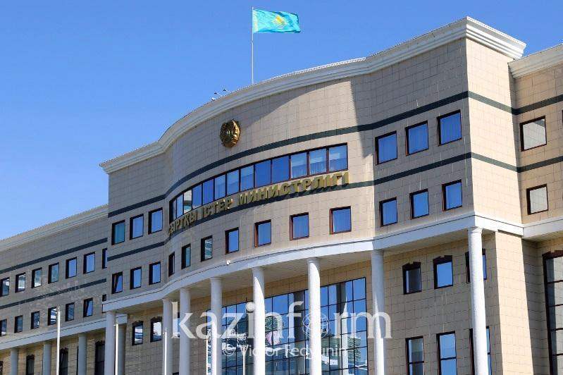 外交部否认哈萨克斯坦将接受阿富汗难民的言论