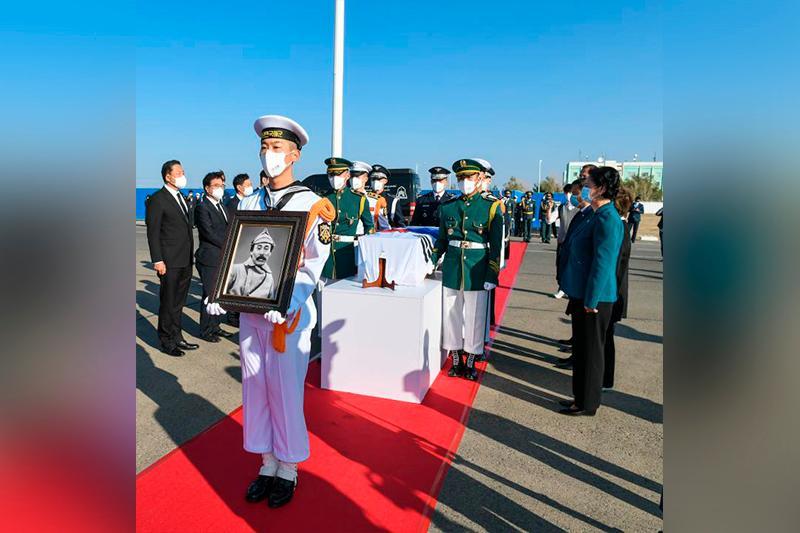 Корея Қазақстанда көз жұмған генерал батырының сүйегін еліне алып кетті