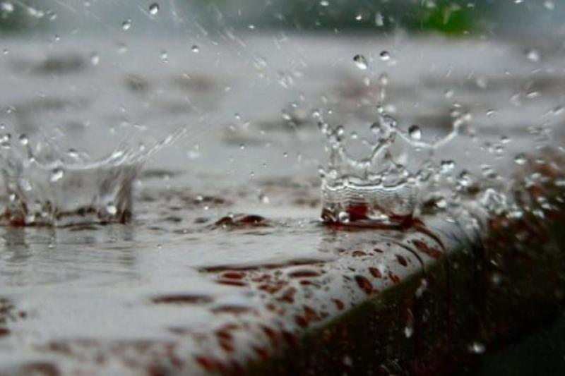 Жамбыл облысында теміржол көпірін су шайды: пойыз қозғалысы тоқтатылды
