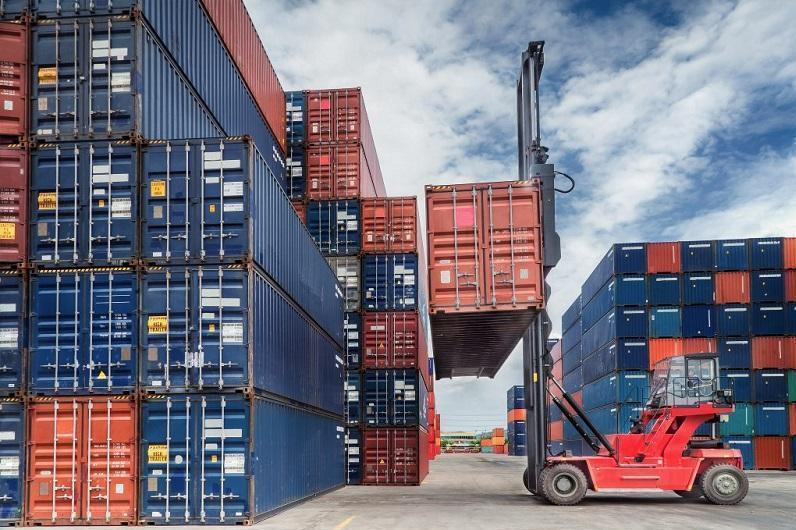 上半年哈萨克斯坦与欧亚经济联盟国贸易额增长25.3%