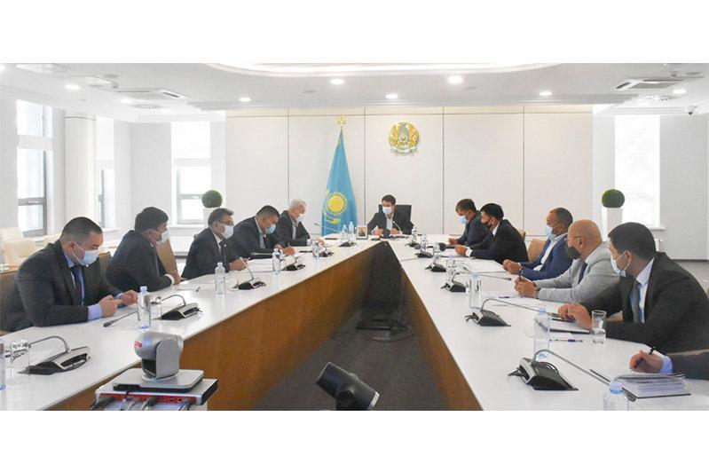 Мәжіліс депутаттары Түркістан облысының тұрғындарымен кездесті