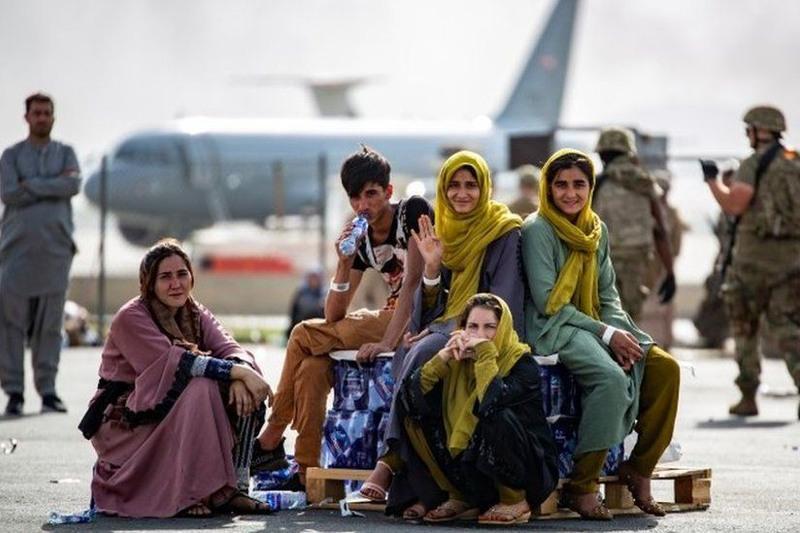 美国征用18客机加快从阿富汗撤离