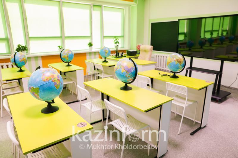 市长:首都实行三班倒教学模式的学校数量减半