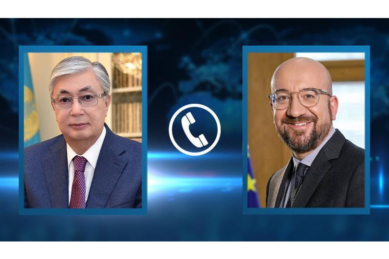 托卡耶夫总统同欧洲理事会主席通电话