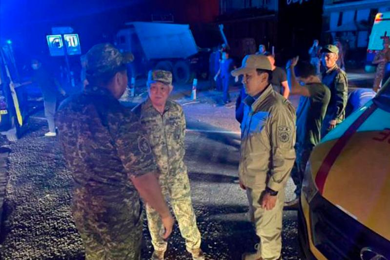 239 человек эвакуированы из зоны происшествия в Жамбылской области