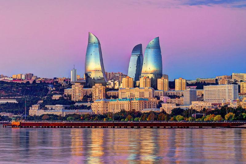 Поездка в Азербайджан: что нужно знать казахстанцам
