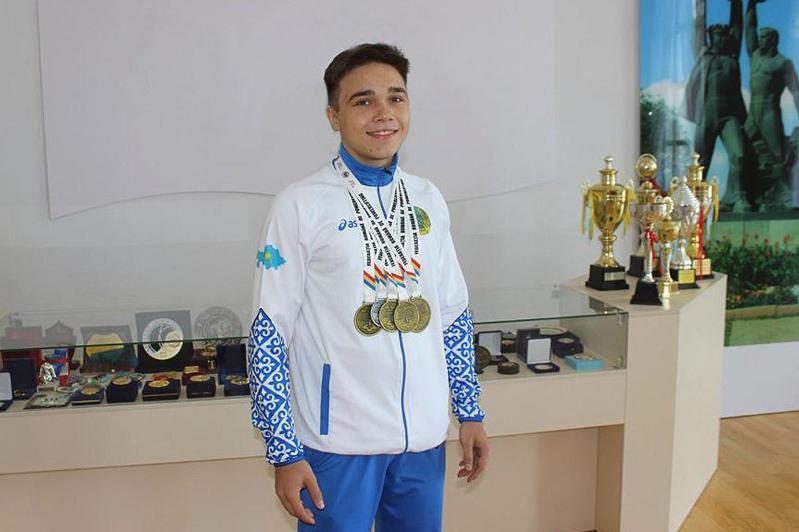 Молодой силач из Караганды стал чемпионом мира
