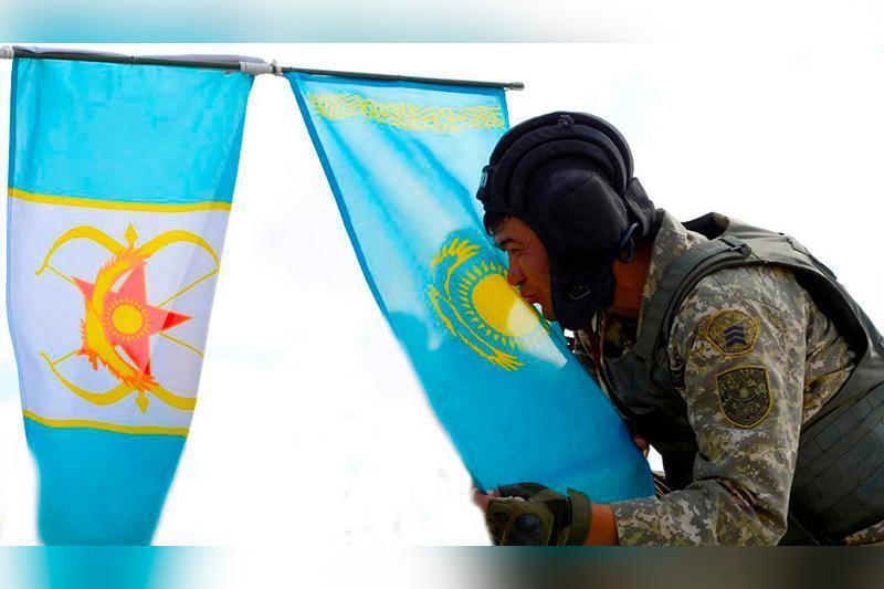Qazaqstandyq áskerı qyzmetshiler Armııa oıyndarynda eki konkýrstyń jeńimpazy atandy